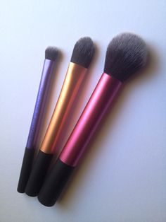 Real Techniques Travel Essentials Brush Set - My Beauty Whims