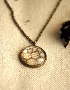 love this - so beautiful! Geometric Design with Pyrography Art by CyneburgsFieldDesign