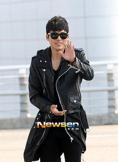 Airport Fashion: Hyun Bin Goes Moto