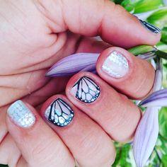 New mani!! #igetpaidtohaveprettynails #shiningpersonalityjn #butterflydreamjn