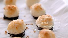 Macarons à la noix de coco | Cuisine futée, parents pressés Quebec, Cakes And More, Food Inspiration, Sushi, Biscuits, Sweet Tooth, Sweet Treats, Good Food, Coconut