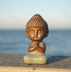 Place this cute little buddha around your home. It is a perfect mindfulness reminder and simply pleasant to look at. Little Buddha Figurines Made of High Qua Baby Buddha, Little Buddha, Buddha Doodle, Buddha Art, Buddha Buddhism, Small Buddha Statue, Buddha Statues, Buddha Garden, Buddha Sculpture