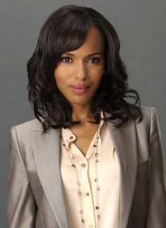 Finally hopped on the Scandal bandwagon. And I want Olivia's wardrobe, every feminine power suit is flawless!
