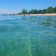 This Ontario Beach With Caribbean Blue Waters Is The Ultimate Summer Destination - Narcity Beaches In Ontario, Ontario Place, Southampton Ontario, Southampton Beach, Canadian Honeymoons, Places To Travel, Places To Go, Canadian Travel, Canadian Rockies