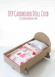 dolls bed diy cardboard - Google Search Easy Sewing Projects, Sewing Projects For Beginners, Sewing Hacks, Wood Projects, Diy Dolls Crib, Doll Beds, Kindergarten, Easy Baby Blanket, Diy Baby Headbands