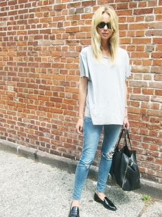Grey Loose Oversized T-Shirt, J Brand Ripped Skinny Jeans, Black Loafters, Black RayBans