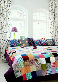 When you say patchwork the first thing that comes to mind is Grandma's patchwork quilt. While vintage quilts are lovely, the patchwork I a. Patchwork Quilting, Patchwork Bedspreads, Patchwork Ideas, Patchwork Blanket, Square Quilt, Quilt Making, Interior Inspiration, Color Inspiration, Sweet Home