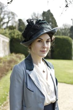The dresses! The jewelry! The hats! The bitchy faces! Everything about Mary Crawley (Michelle Dockery) is flawless. #DowntonAbbey
