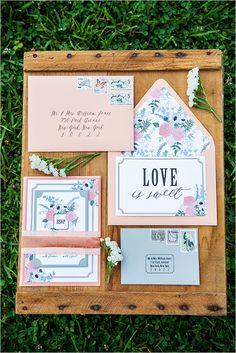 dusty pink invites | floral wedding stationery | pink floral invitations | #weddingchicks