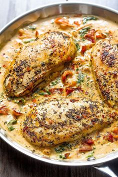 Chicken and Bacon Spinach in Tomato Mozzarella Cream Sauce - Quick and easy weeknight delight! Chicken Spinach Recipes, Spinach Stuffed Chicken, Bacon Recipes, Easy Chicken Recipes, Cooking Recipes, Keto Recipes, Dishes Recipes, Potato Recipes, Healthy Cooking