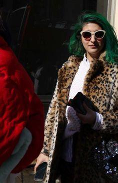 2017 Frisur-Trends: NYFW, Street-Style    #neueFrisuren #frisuren #2017 #bestfrisuren #bestenhaar  #beliebtehaar #haarmode #mode  #Haarschnitte @haarfarben