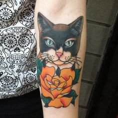 Beautiful traditional cat tattoo I found on tumblr. This is not mine.