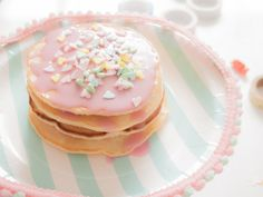 Cake stand with homemade pancakes