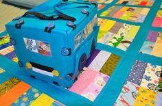 КрокоЗяблик: Бирюзовый автобус и его покрывало