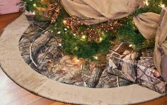Camp tree skirt