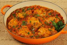 Inspired by sunny Italy, our flavourful chicken cacciatore is rich with herbs and spices that are both healthy and savoury. Whether it's served over pasta or on its own, this Italian dish is sure to please your taste buds. Cost: $3.22/serving