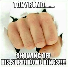 i want to show this to Jackson cause he's a tony romo fan LOL Funny Football Memes, Cowboys Memes, Funny Nfl, Nfl Memes, Sports Memes, Football Humor, Funny Sports, Dallas Cowboys, Hilarious Memes