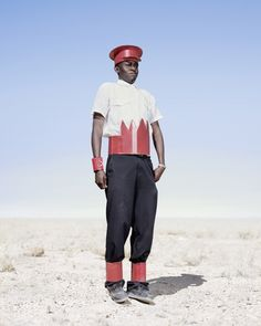 'Conflict And Costume': Photographer Jim Naughten Captures Herero Of Namibia In Stunning Garb (PHOTOS) Victorian Era Dresses, Victorian Fashion, Afro Punk, European Dress, Desert Fashion, Men's Fashion, International Artist, African Women, African Fashion