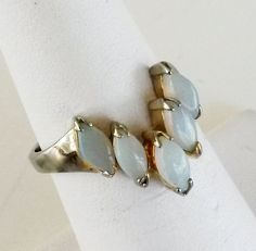 Vtg 1970s Signed Opal V Shaped Gold Tone Solitaire Ring Size 5.5 #Unidentified #Cocktail