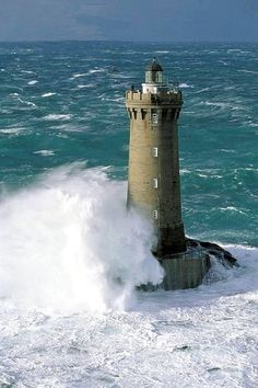 European Lighthouses | Phare-Bretagne-France-Europe