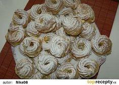 Nadýchané věnečky 50 ks za 65,- Kč recept - TopRecepty.cz Norwegian Wood, Kitchen Hacks, Christmas Cookies, 50th, Muffin, Bread, Cooking, Breakfast, Sweet