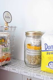 Stack cupcake liners in a mason jar. And 12 other great pantry organization ideas! mine are all over the place! Creative Storage, Diy Storage, Storage Ideas, Pantry Organization, Organizing, Organization Station, Pantry Ideas, Decoration Table, Getting Organized