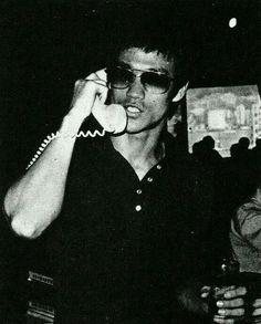 Shows télévisés HK-TVB et Exhibitions JKD - Bruce Lee et sa flûte silencieuse Bruce Lee Photos, Kung Fu, Game Of Death, Jeet Kune Do, Imagine John Lennon, The Big Boss, Brandon Lee, Enter The Dragon, Exhibition