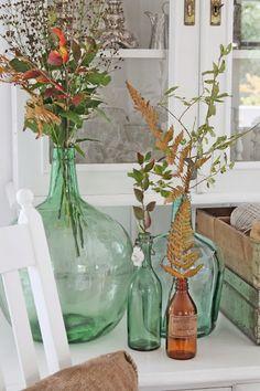 Damajuanas vasijas antiguas de cristal de colores The Welly Home