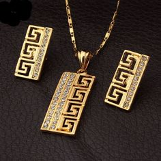 Vintage G Style Gold Plated Rhinestone Pendant Earrings Jewelry Sets Black Gold Jewelry, Golden Jewelry, Turquoise Jewelry, Gold Jewellery, Versace Jewelry, Pendant Earrings, Necklace Set, Women's Earrings, Garnet Necklace