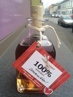 Domácí Amaretto.. dárek, který nejde zkazit   Home-Made.Cz Cocktail Recipes, Cocktails, Preserves, Whiskey Bottle, Food To Make, Drinking, Food And Drink, Smoothie, Alcohol