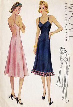 Vintage Lingerie Misses Slip Vintage Sewing Pattern - 1930s Fashion, Retro Fashion, Vintage Fashion, Lingerie Patterns, Clothing Patterns, Vintage Dresses, Vintage Outfits, Patron Vintage, Dress Making Patterns