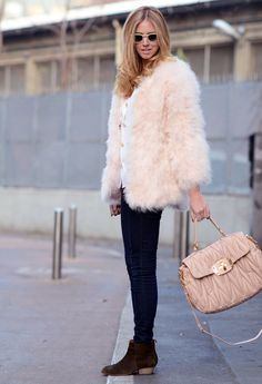 5ae2dd947f 39 Best Pale Pink bag styling images