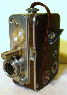 Vintage 1950s Bell & Howell 8mm Film Movie Camera