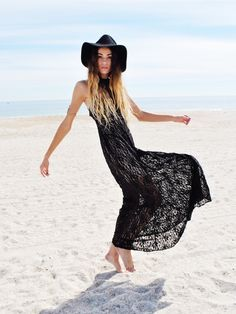 "A maxi is the perfect way to feel comfortable and be glamorous at the same time"" Rachel Zoe"