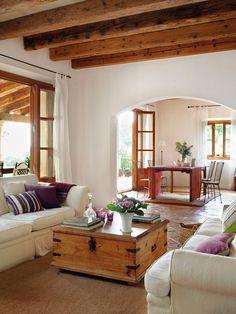 A vidék bája – Francia vidéki stílus Provence hangulatával Home Living Room, Living Room Designs, Living Spaces, Dog Spaces, Southwest Decor, Design Case, Home Fashion, My Dream Home, Family Room