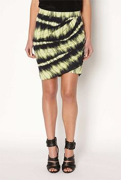 Witchery - Twist jersey skirt Jersey Skirt, Geek Chic, Leather Fashion, Fashion Watches, Tie Dye Skirt, To My Daughter, Sequin Skirt, Summer Outfits, Dress Up