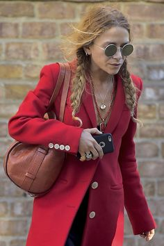Olsens Anonymous Blog Fashion Mary Kate Olsen Twins Style Round Sunglasses Pigtail Braids Bright Red Coat