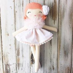 Beautiful custom doll heading off to Australia today. I'm so envious! #spuncandydolls #classicdoll #bespokedoll #clothdoll #dollmaker #fabricdoll