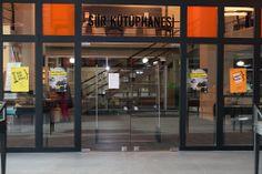 Nilüfer Şiir Kütüphanesi..