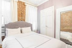 Airbnb in New York, United States. $135 USD per night.   Located on the cusp of Lower east side and Chinatown, find yourself in the heart of art galleries, restaurants and shopping - both new and vintage. - Get $25 credit with Airbnb if you sign up with this link http://www.airbnb.com/c/groberts22