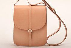 Handmade vintage leather saddle messenger crossbody Shoulder Bag for women