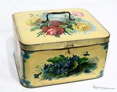 Gorgeous Vintage French Tin