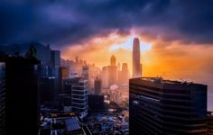 Looking for the best Hong Kong itinerary? Not only am I'm sharing the perfect 3 days in Hong Kong, but also where to stay, when to go, and my top tips! In China, Shanghai, Hong Kong Itinerary, Cuba, Travel Baby Showers, Desktop Background Pictures, Macao, London Property, Wakefield