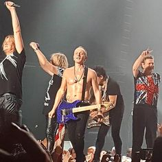 Def Leppard, Amazing Show Last Night in #Evansville #IN with REO & Tesla! | 2016-08-09