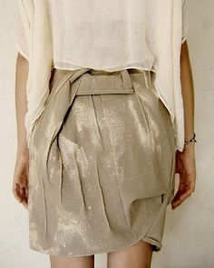 The designer was inspired by the philosophy of #WabiSabi and so, for example, dyed fabrics with natural substances such as tea. #Wabi_Sabi #fashion