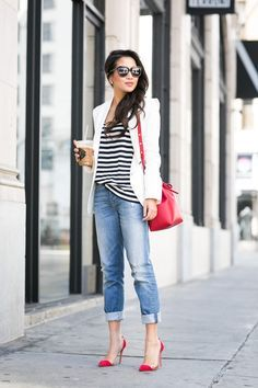 Boyfriend Jeans kombinieren: Looks für jede Figur You are in the right place about casual heel Here we offer you the most beautiful pictures about the jimmy choo heel you Read Pantalones Boyfriend, Jeans Boyfriend, Vaqueros Boyfriend, Boyfriend Ideas, Boyfriend Style, Fashion Mode, Look Fashion, Womens Fashion, Office Fashion