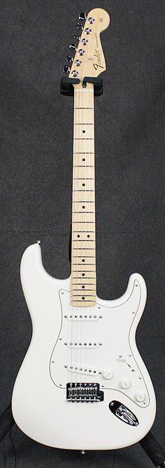 Full Front Fender Standard Stratocaster - Arctic White