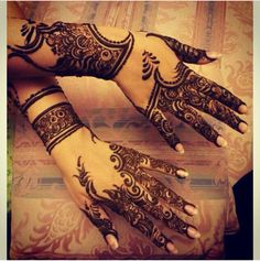 Love this absolutely gorgeous arabic henna