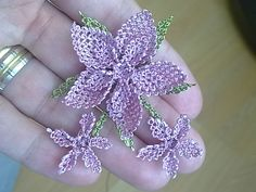 mom gift: tatting flowers, handmade flowers tutorial - crafts ideas - crafts for kids