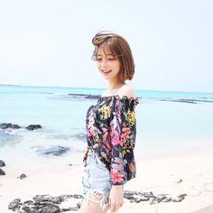 Ulzzang Korean Girl, Cute Korean Girl, Asian Girl, Ulzzang Fashion, Korean Fashion, Short Hair Outfits, Uzzlang Girl, Kawaii Clothes, Soyeon
